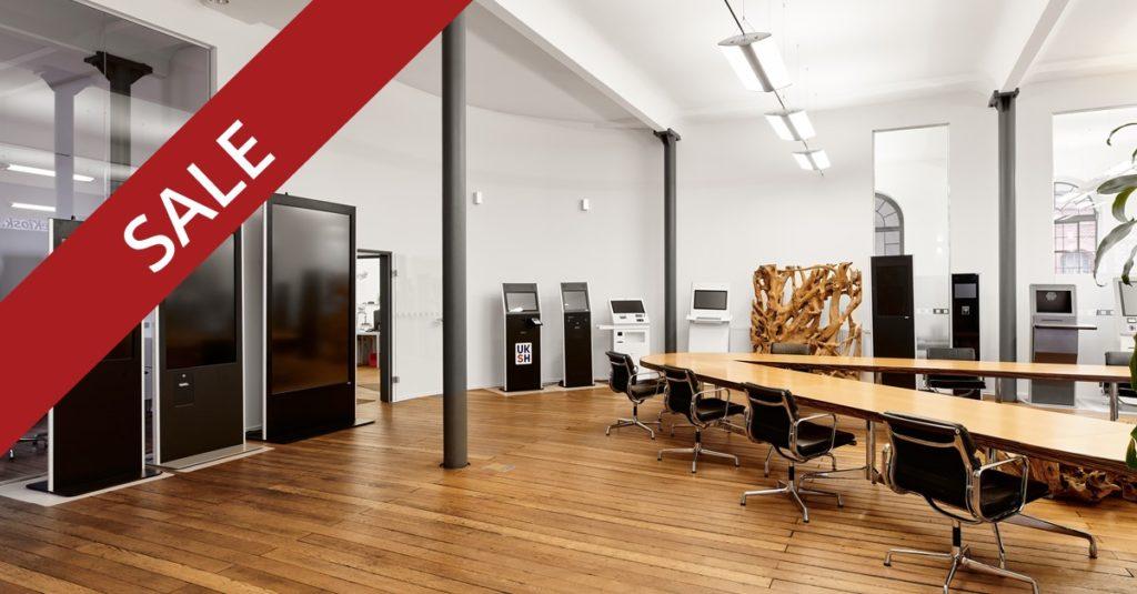 Digital Signage Systems in big room